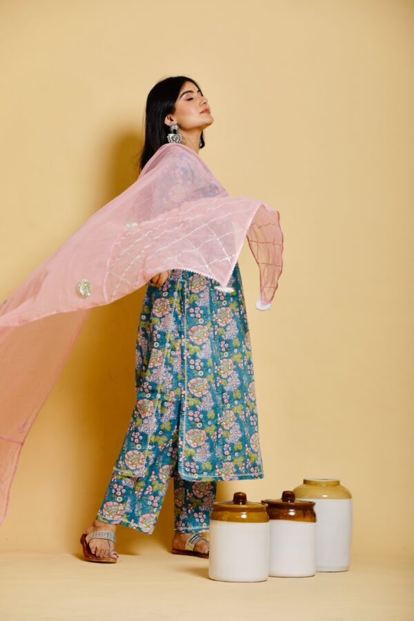 blue floral meerahini suit set